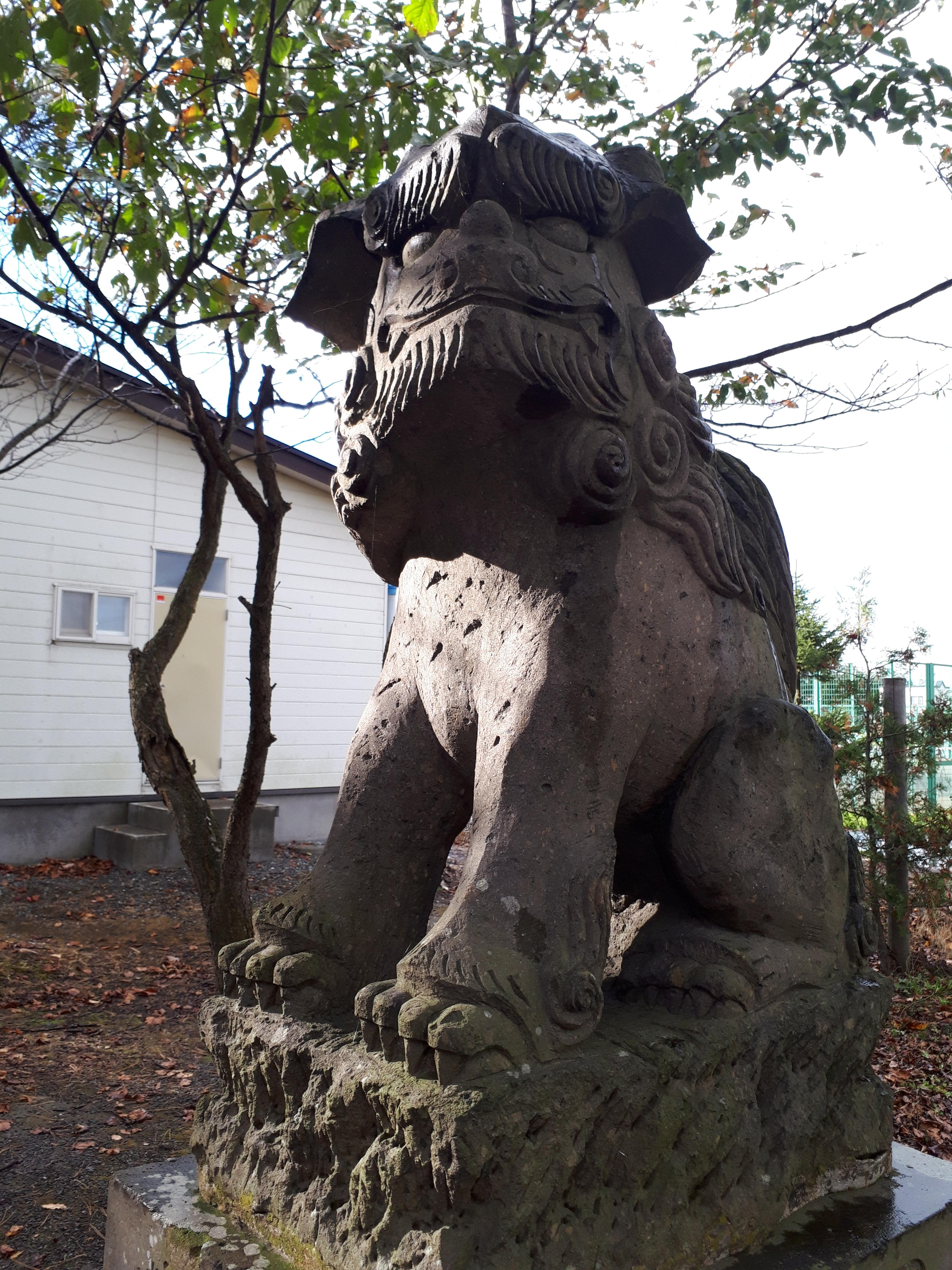 西当別神社の狛犬