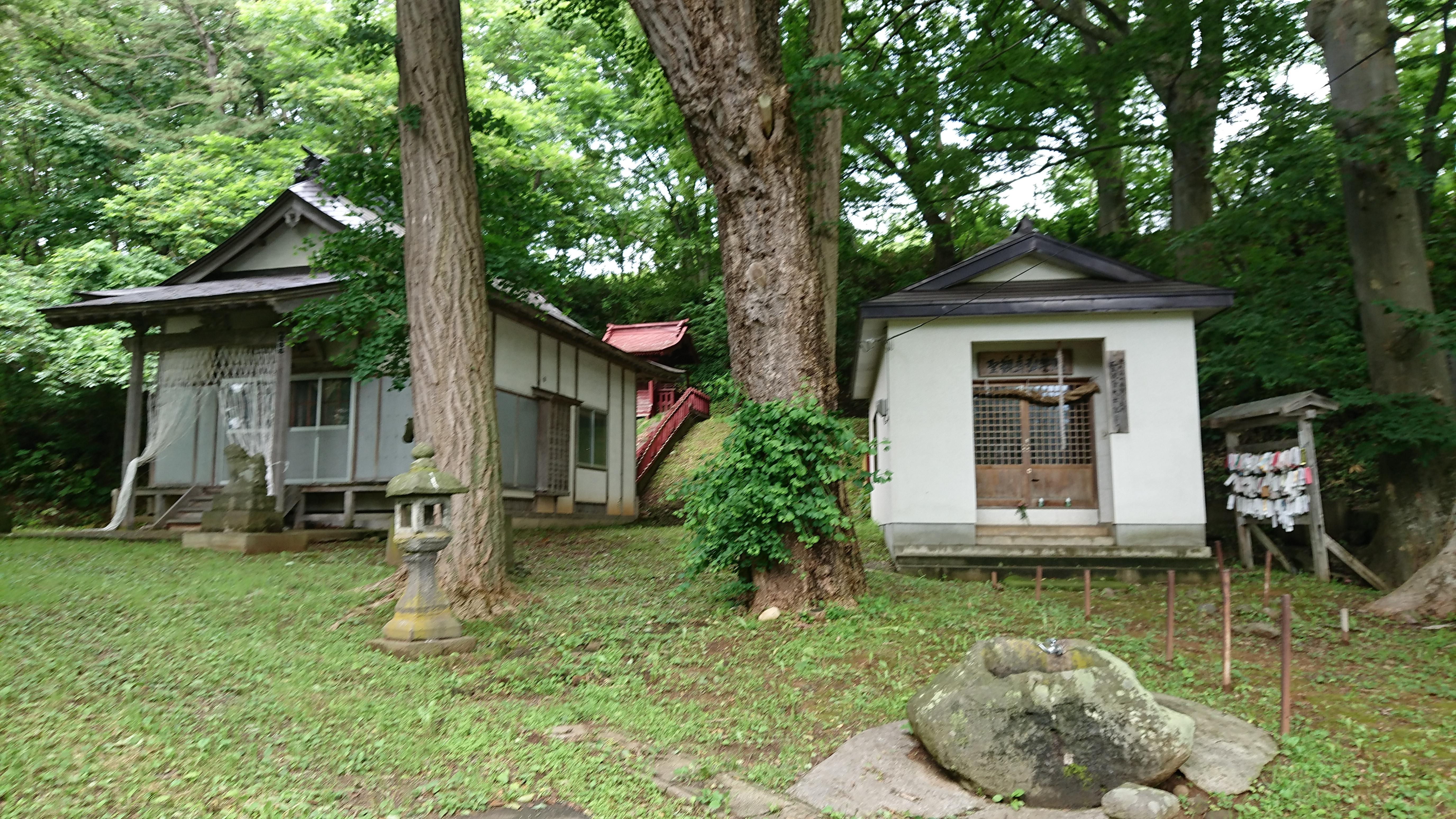高倉神社の境内・文化財