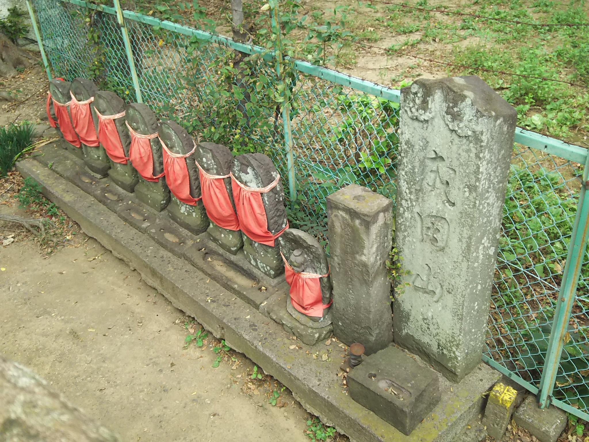 愛宕神社(蒲生一里塚)の境内・文化財