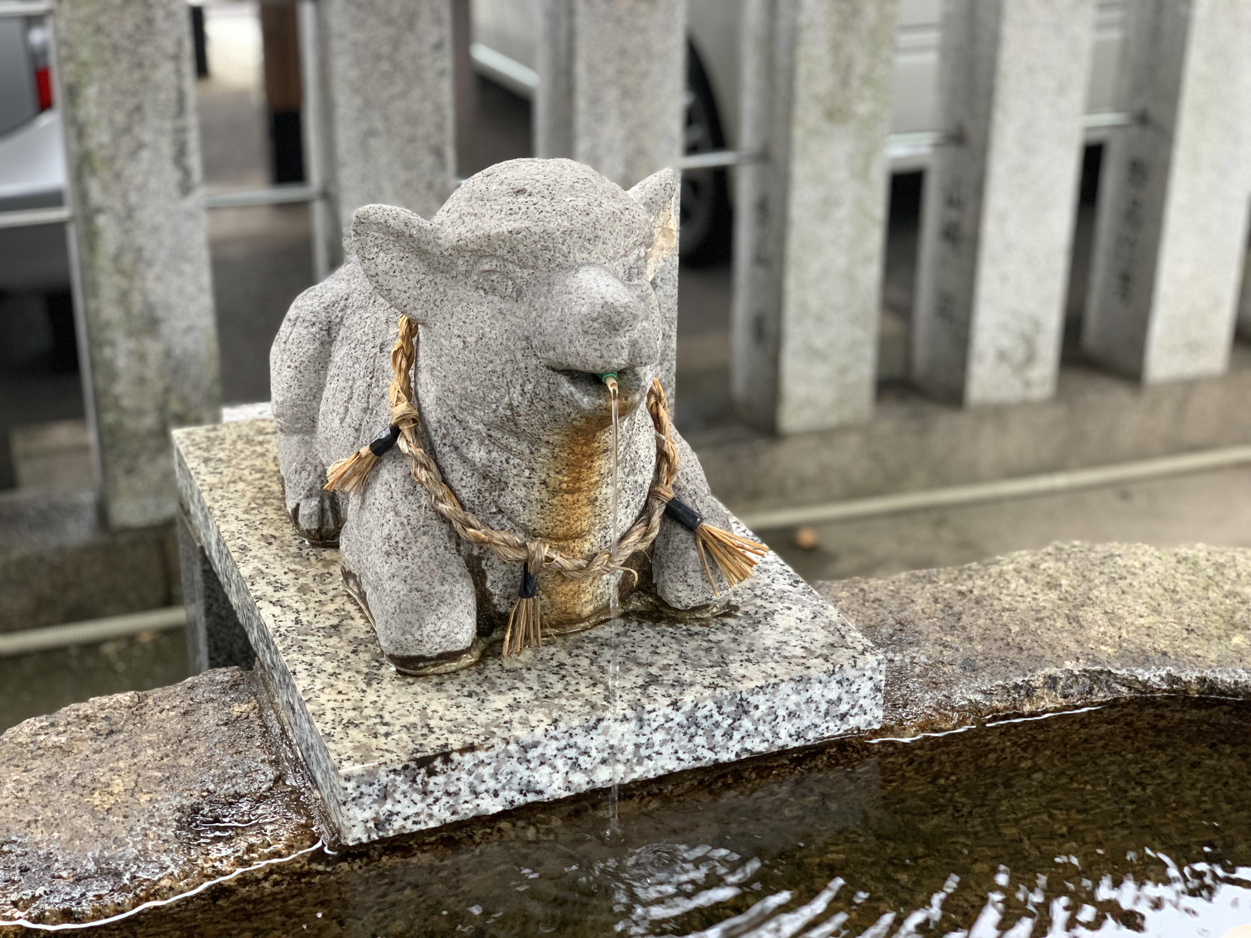 羊神社の手水舎(愛知県上飯田駅)