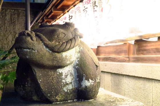 文子天満宮神社の狛犬(京都府五条(京都市営)駅)