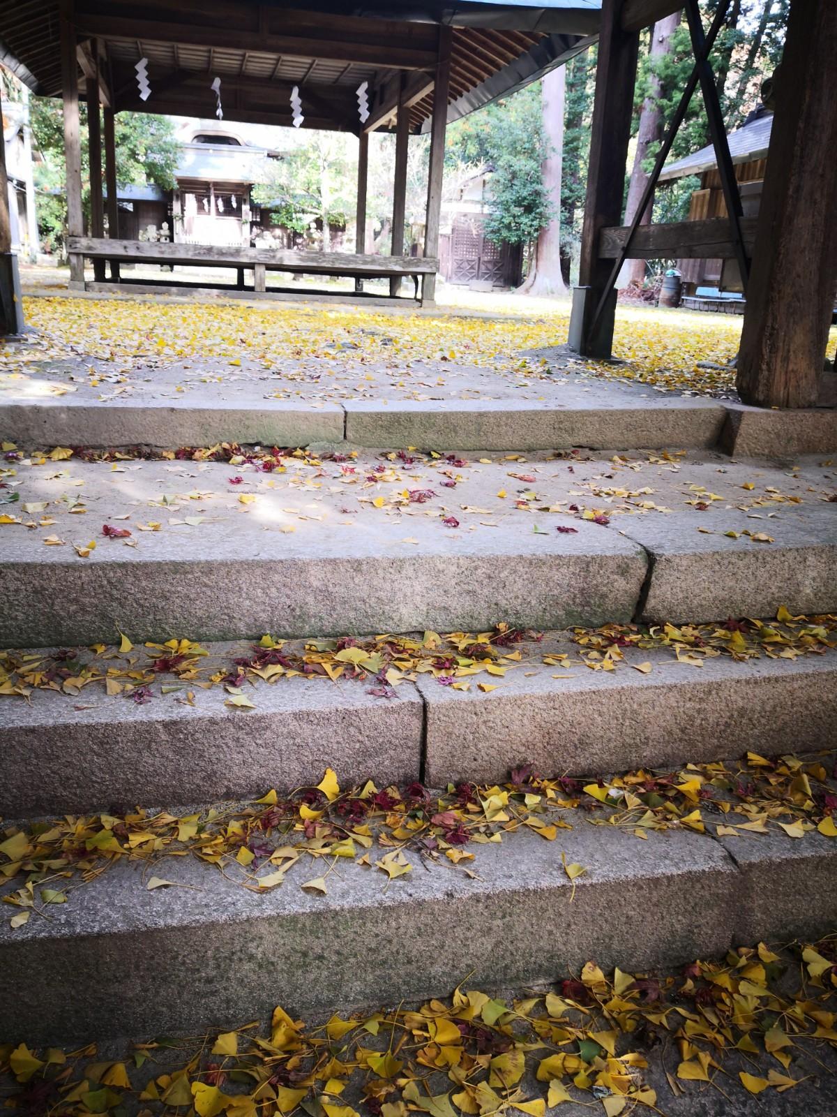 久佐々神社の建物その他