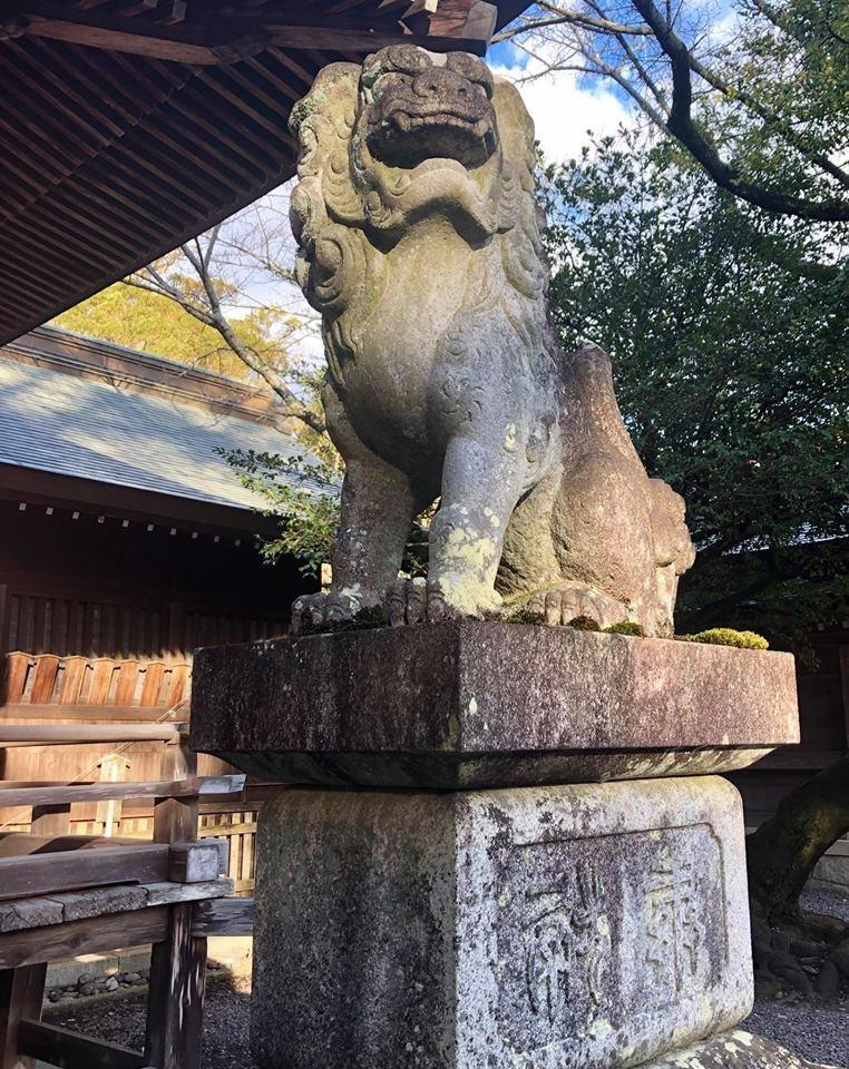 砥鹿神社(里宮)の狛犬