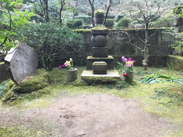 東慶寺のお墓