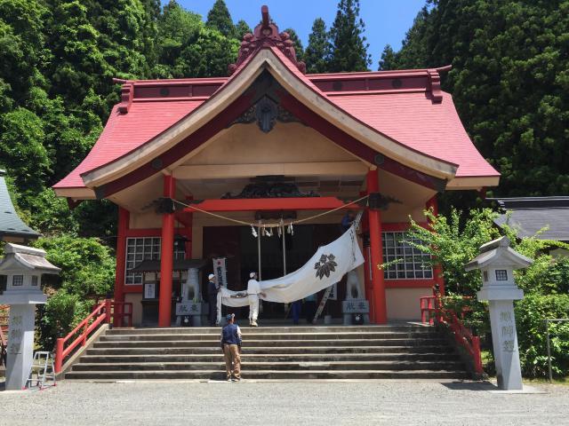 尾崎神社の本殿