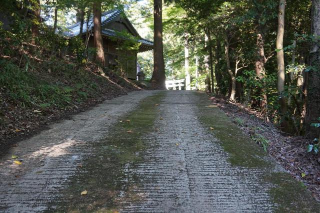 伊熊神社の建物その他