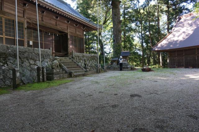 伊熊神社の本殿