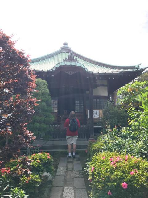 収玄寺の本殿