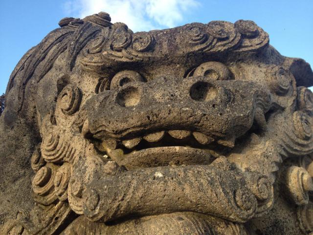 烏帽子山八幡宮の像