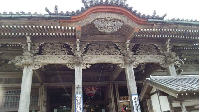 千葉県誕生寺の本殿