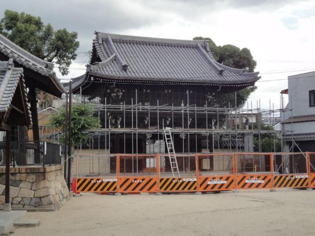 大阪府常光寺の山門