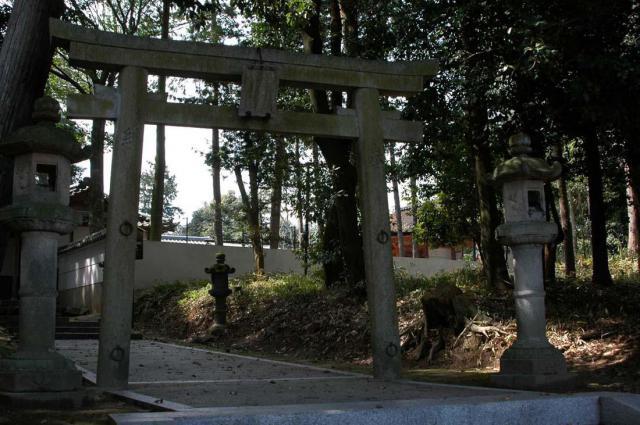 宇奈多理坐高御魂神社の鳥居