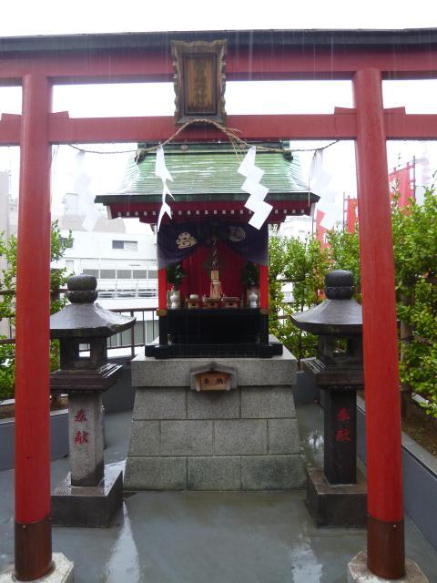 東京都朝日稲荷神社の鳥居