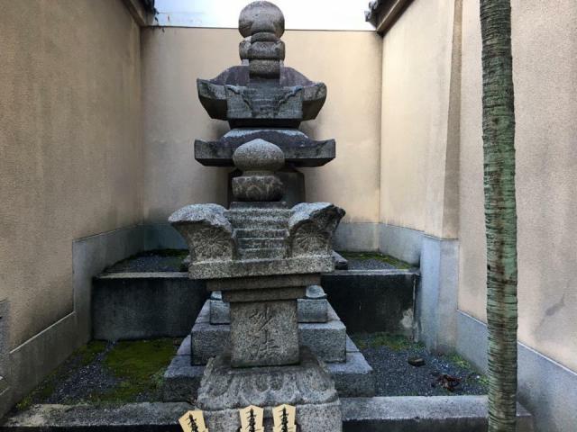 本能寺のお墓