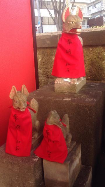 末広稲荷神社の狛犬