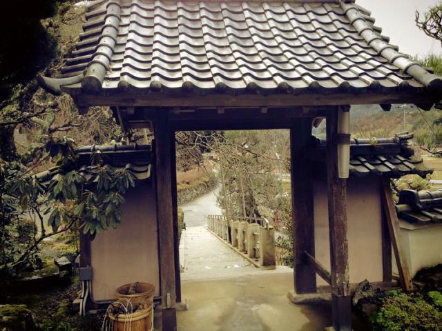 京都府谷性寺の山門