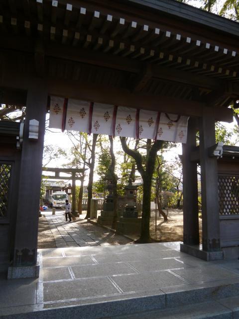 千葉県白幡天神社の山門