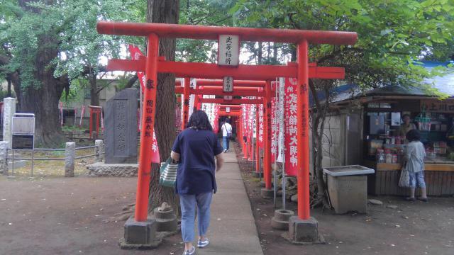 東京都法明寺の鳥居