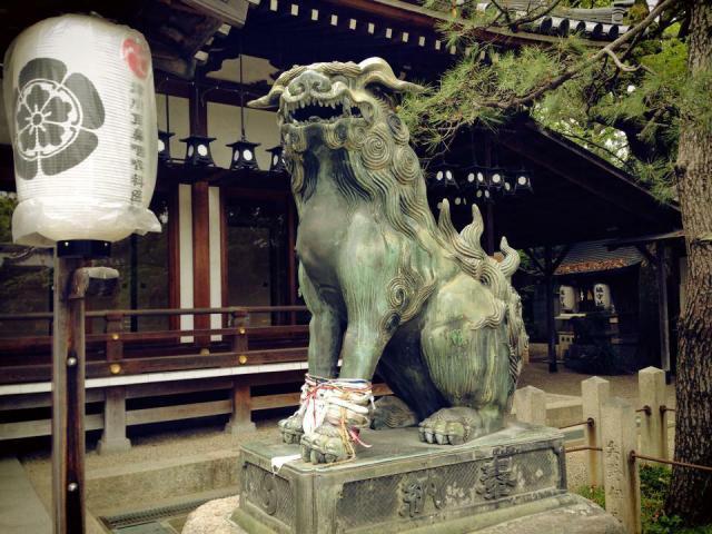 杭全神社の狛犬