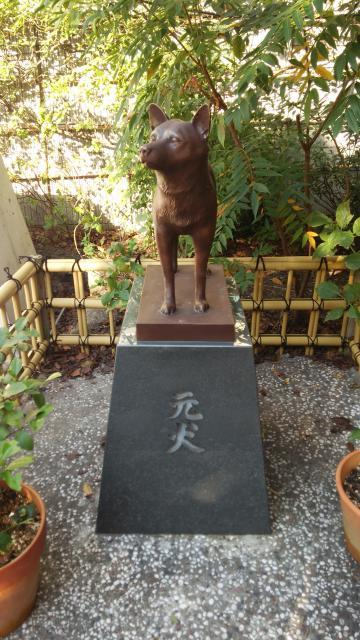 蔵前神社の像