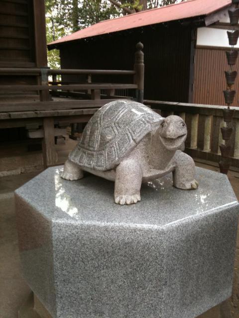 亀岡八幡宮の像