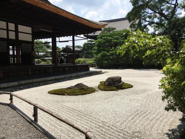 建仁寺の庭園