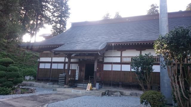 東正寺の本殿