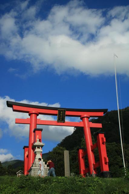 山形県湯殿山神社(出羽三山神社)の本殿