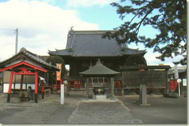 宮城県満福寺の本殿