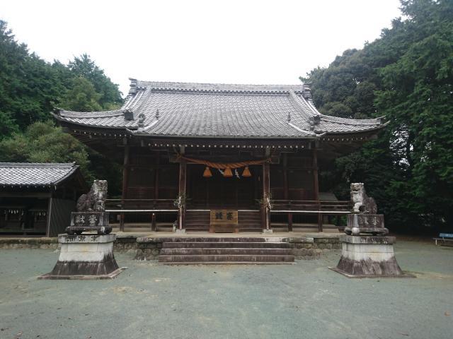 進雄神社の本殿