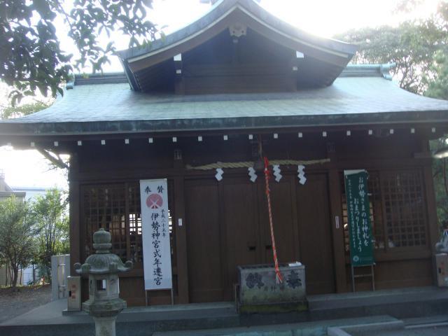 間眠神社の建物その他