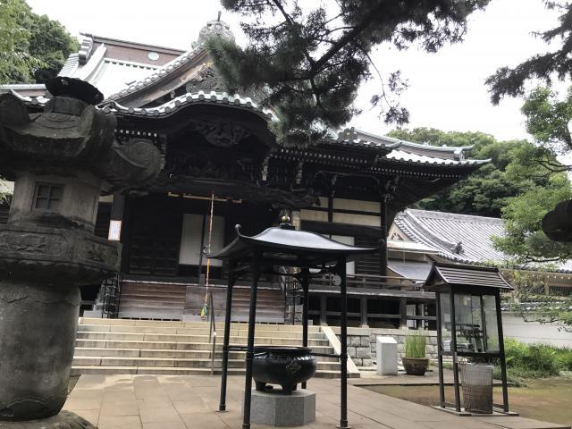 東京都三寳寺の本殿