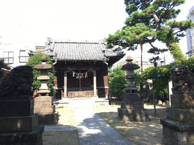 胡録神社の本殿