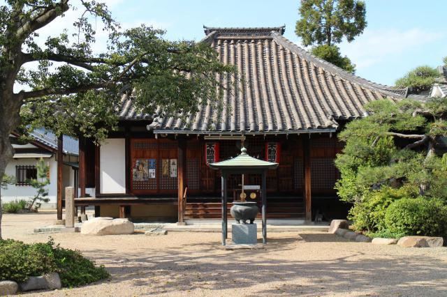 大阪府荘厳浄土寺の本殿