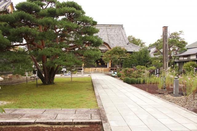 円覚院芳泉寺の建物その他