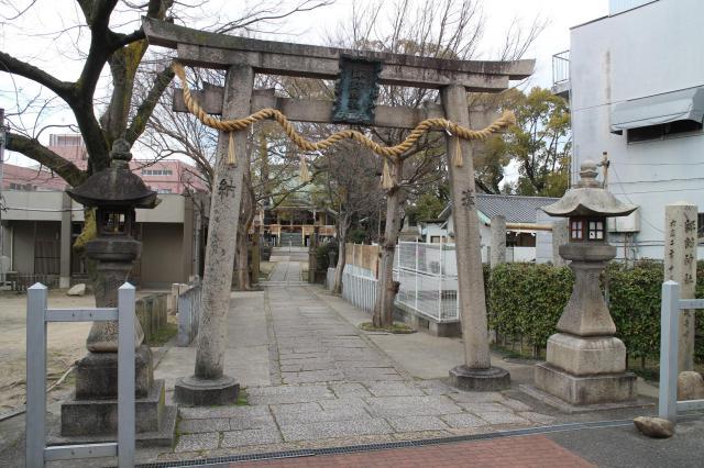 大阪府諏訪神社の鳥居