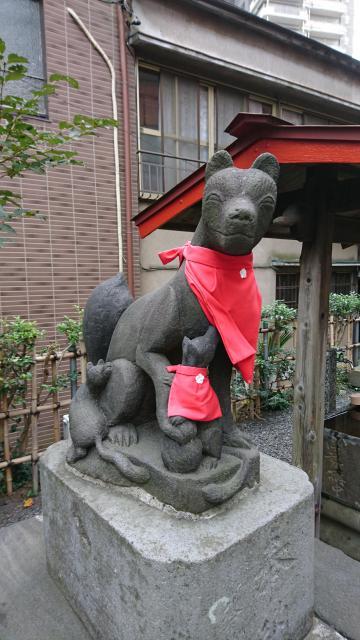 埼玉県坂稲荷神社の狛犬