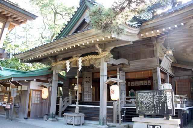 石川県安宅住吉神社の本殿