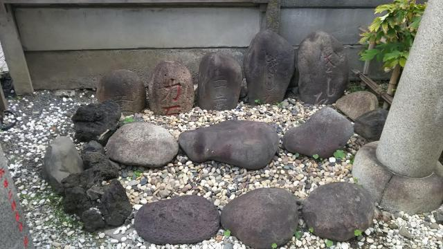 牡丹住吉神社の庭園