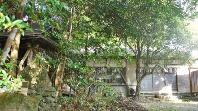 鹿苑寺(金閣寺)の近くの神社お寺|衣笠山身代不動王院
