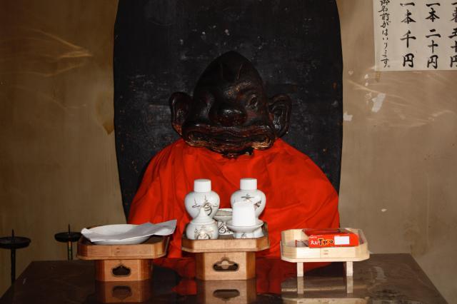 松尾稲荷神社の像