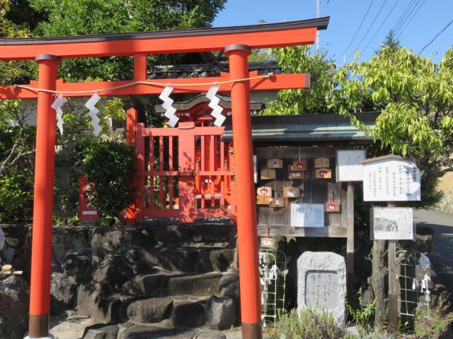 南都鏡神社の鳥居