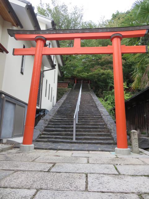 奈良県瑜伽神社の鳥居