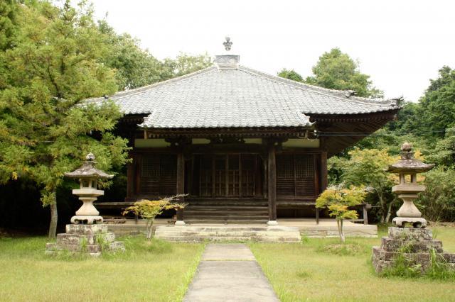 掎鹿寺の本殿
