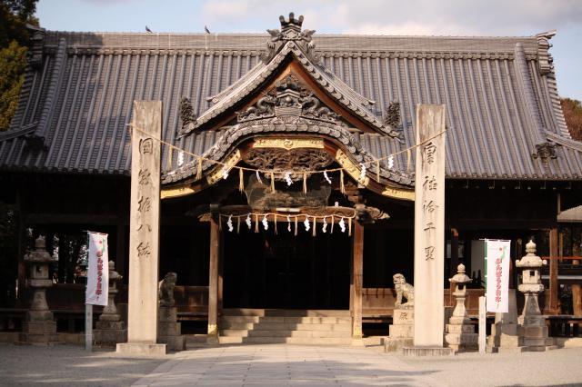 魚吹八幡神社の本殿