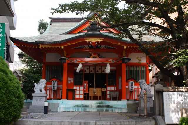 四宮神社の本殿