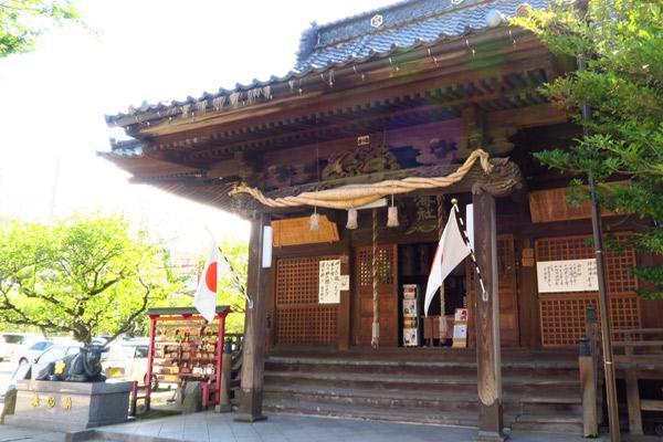 蒲原神社の本殿