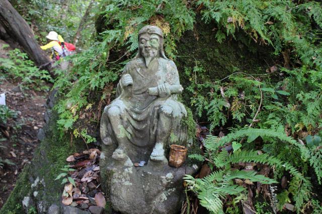 鳥取県三佛寺の像