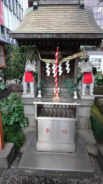 有楽稲荷神社(東京都有楽町駅) - 末社・摂社の写真