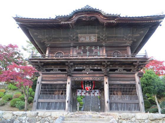 埼玉県聖天院の山門
